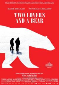 Poster Two Lovers and a Bear