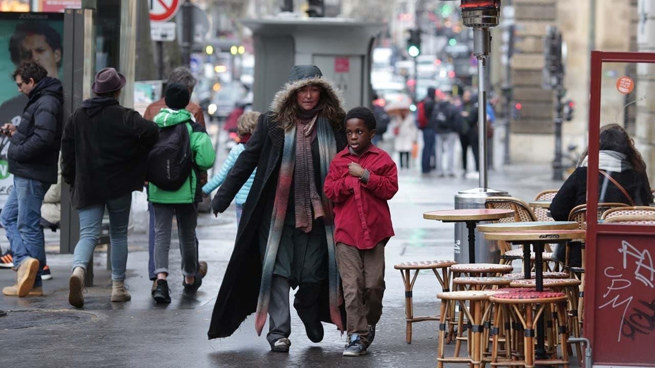 Película Bajo las estrellas de París en GNULA